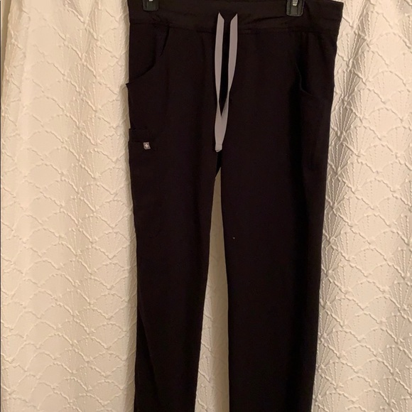 Figs yola scrub pants size small